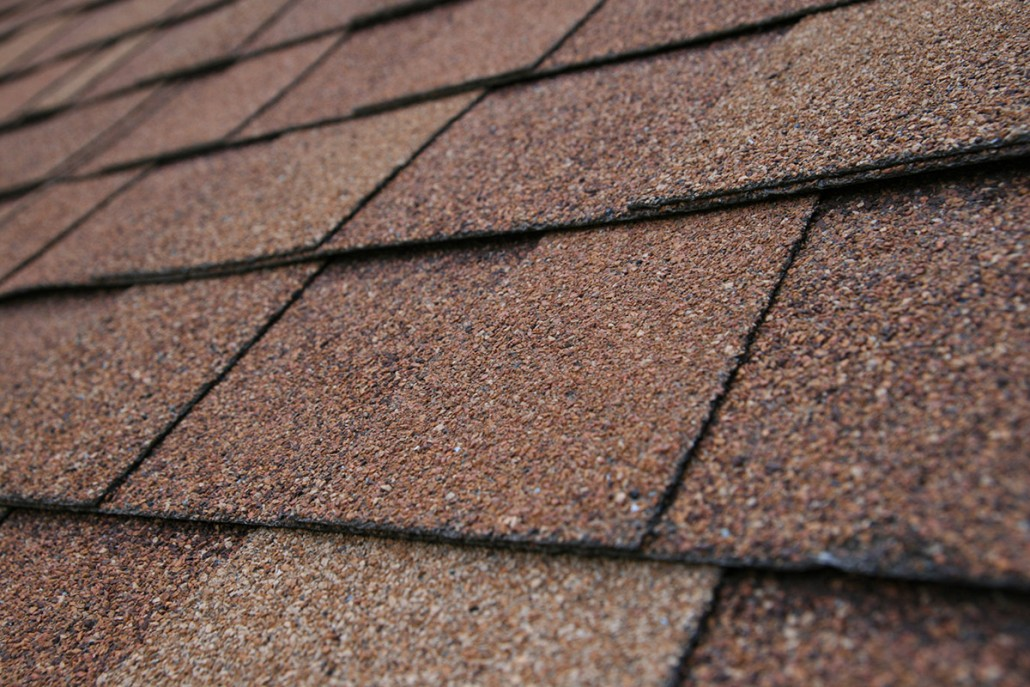 Selecting Asphalt Shingles For Your New Roof In